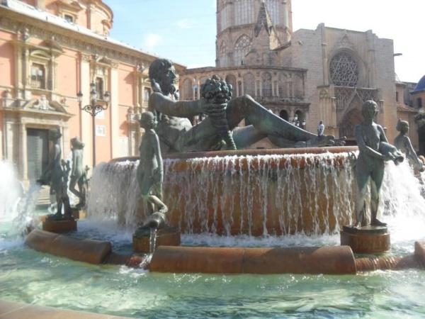 Испанский город Валенсия с невероятной атмосферой
