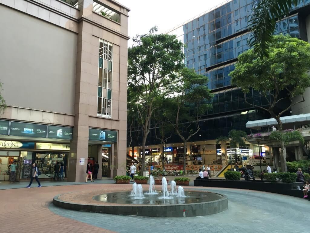 Самостоятельная поездка в Сингапур: интересные места и встреча с голливудскими звёздами_02