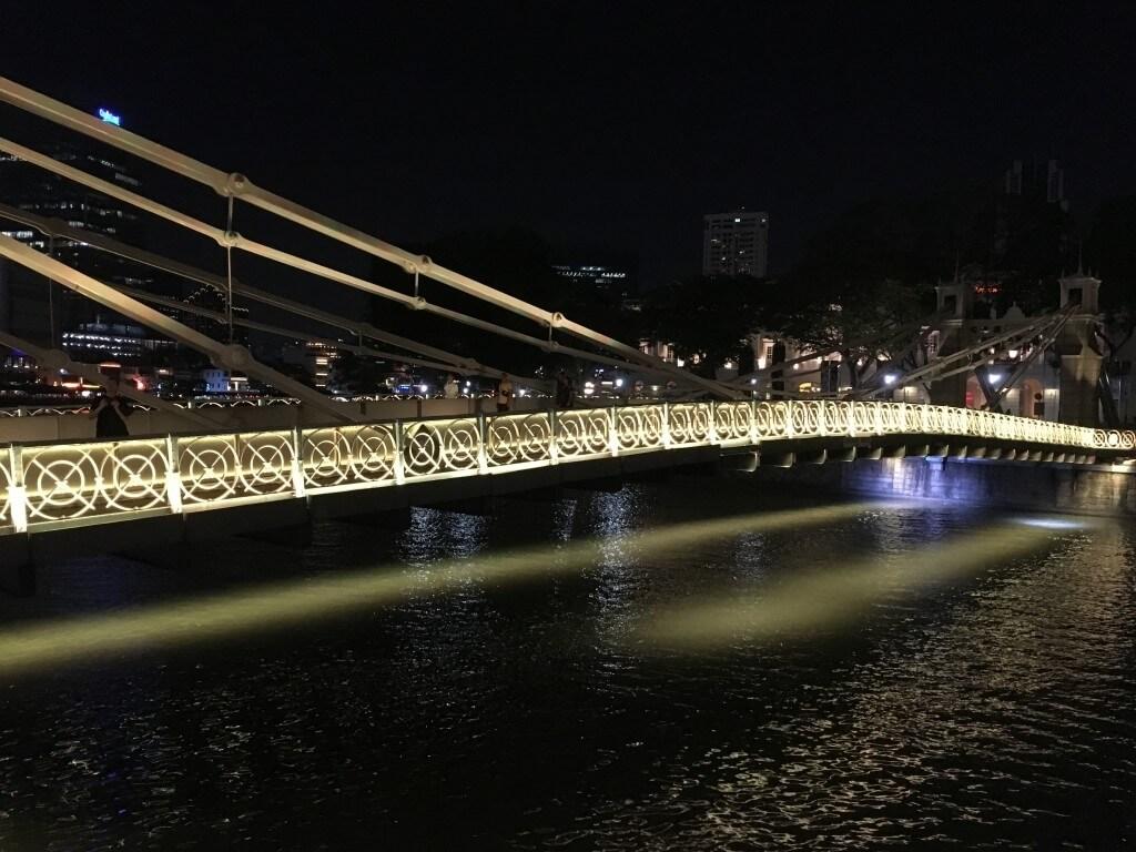 Самостоятельная поездка в Сингапур: интересные места и встреча с голливудскими звёздами_09