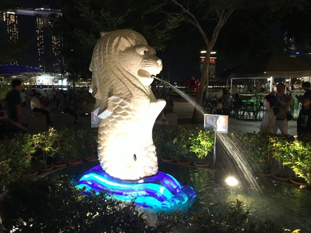 Самостоятельная поездка в Сингапур: интересные места и встреча с голливудскими звёздами_11