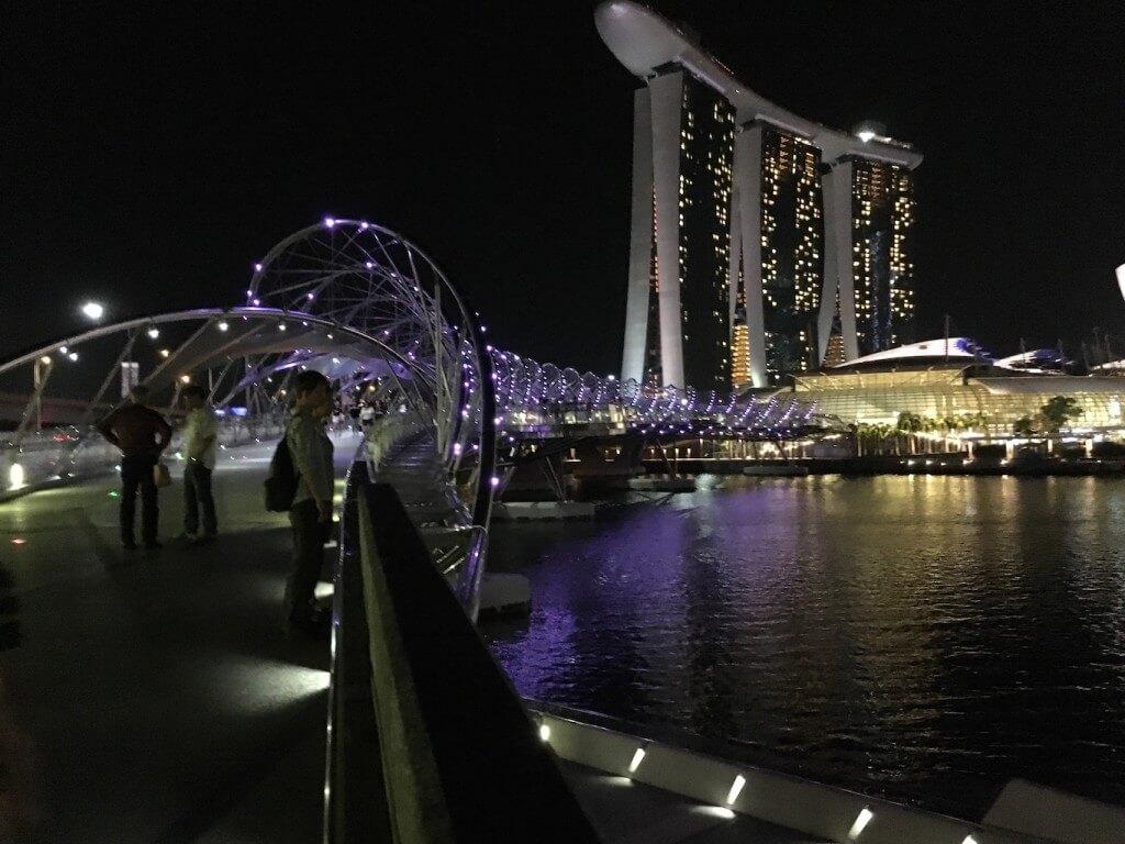 Самостоятельная поездка в Сингапур: интересные места и встреча с голливудскими звёздами_14