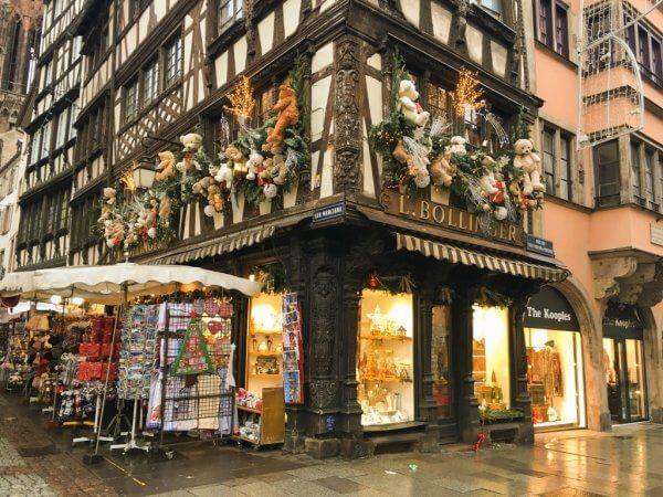 Прогулка по столице Рождества - Страсбургу. Что привезти из Страсбурга