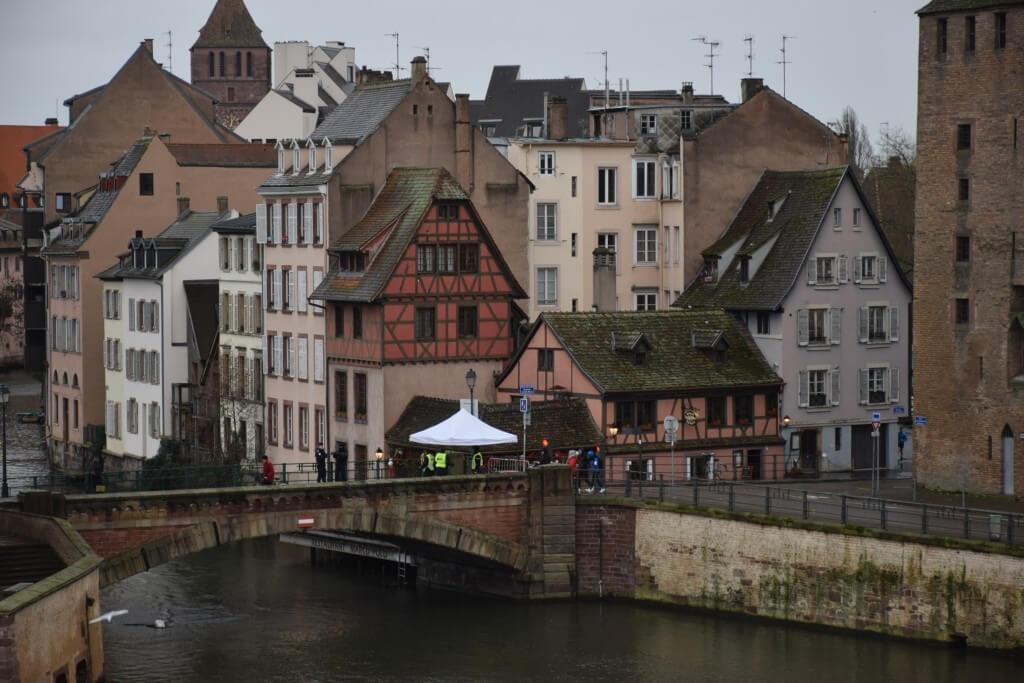 Прогулка по столице Рождества - Страсбургу. Что привезти из Страсбурга_08