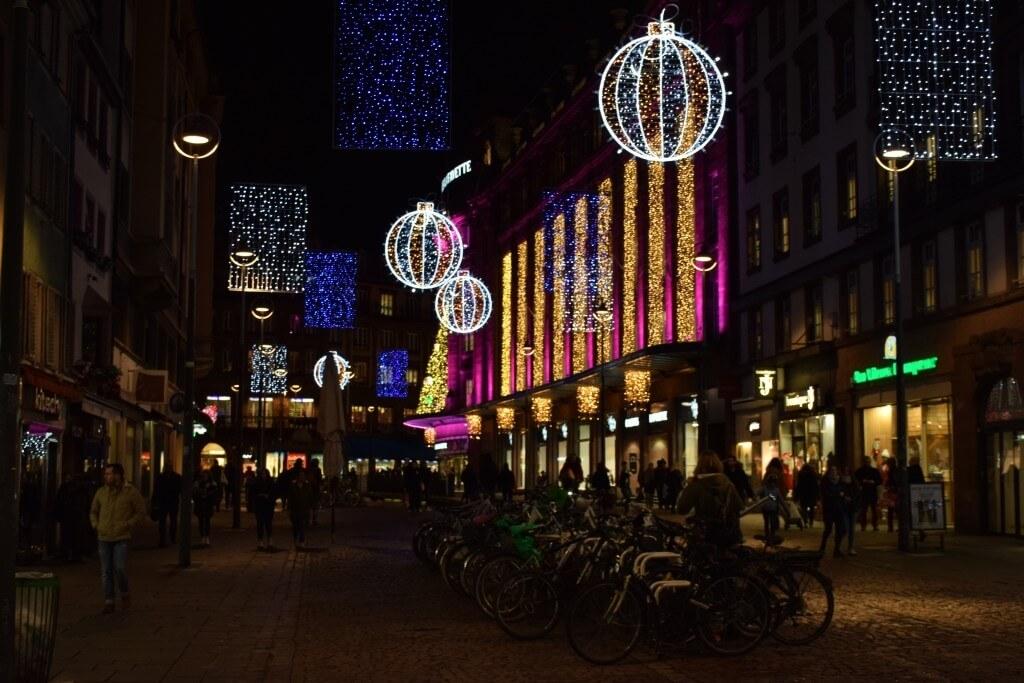 Прогулка по столице Рождества - Страсбургу. Что привезти из Страсбурга_42